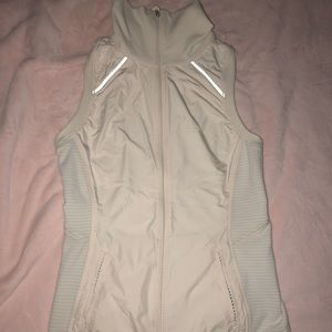 Lululemon Full Zip Light Vest (w/ pockets)